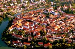 NOVO MESTO - Grad na pola puta između Ljubljane i Zagreba