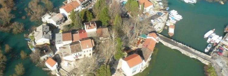 /db_assets/images/blog_cover/virpazar-najvaznija-luka-na-skadarskom-jezeru-112346-750x250.jpg
