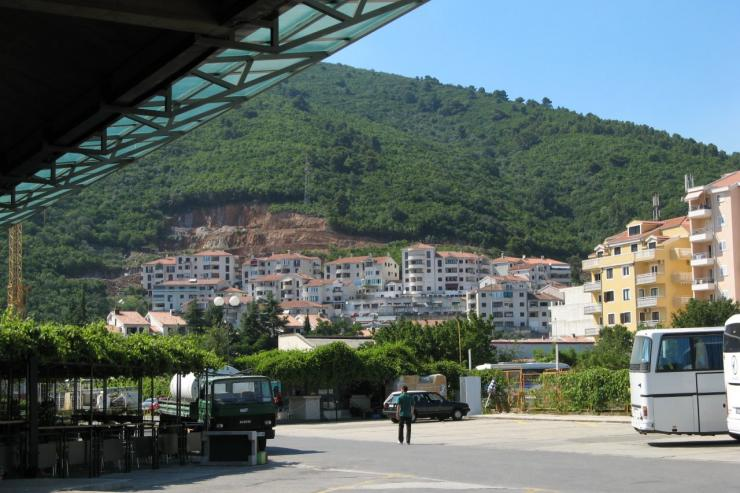 Bus stations montenegro for Voyage bereyne