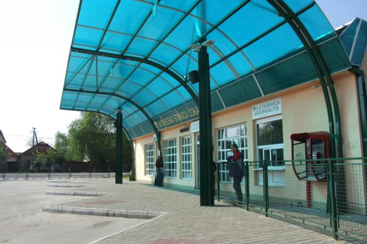 Bus station Coka