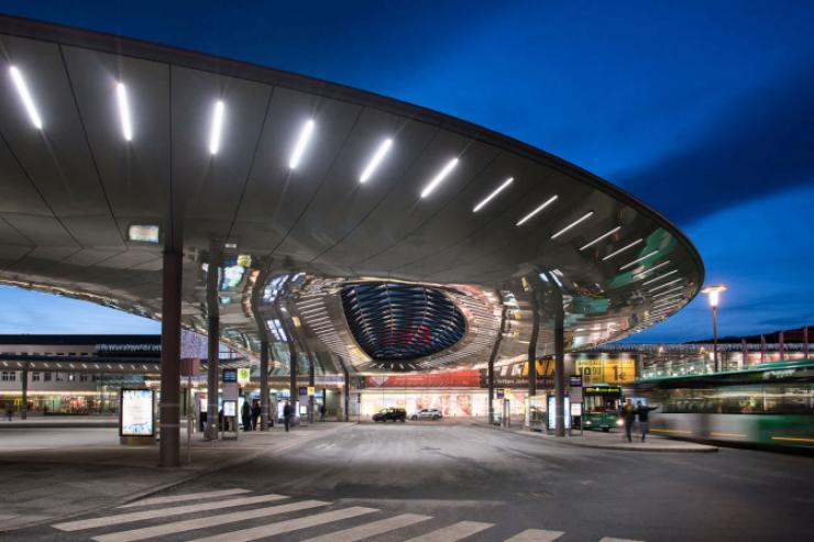 Stazione degli autobus Hauptbahnhof-(Graz)