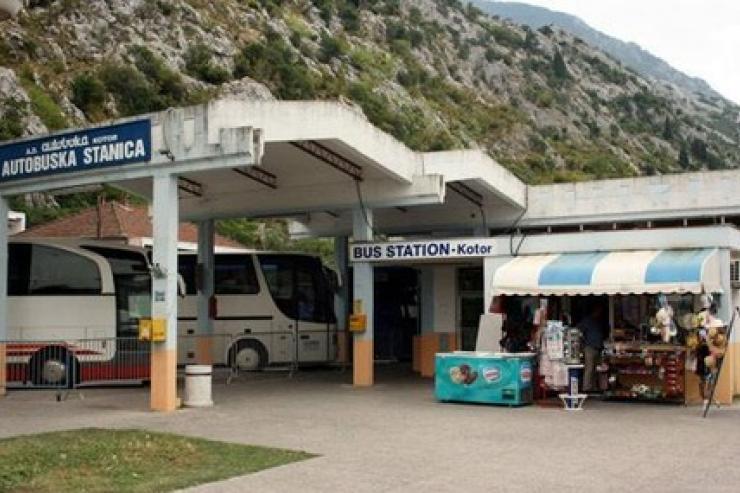 Stazione degli autobus Kotor