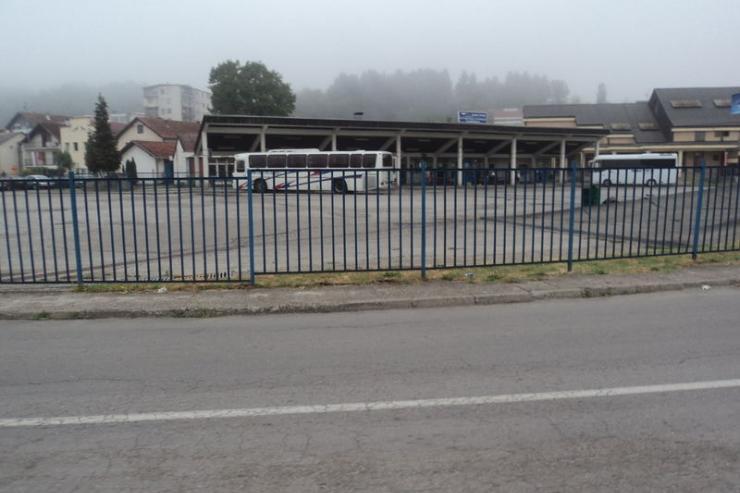 Autobuska stanica Ljubovija